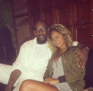 R-Kelly-Allegedly-Wants-To-Marry-19-Year-Old-Girlfriend