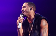 INGLEWOOD, CA - MARCH 08:  Singer Trey Songz performs during the 'Between the Sheets' tour at The Forum on March 8, 2015 in Inglewood, California.  (Photo by Chelsea Lauren/WireImage)